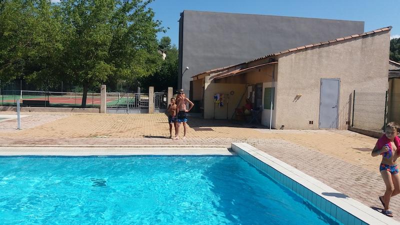 camping avec piscine dans les gorges du verdon