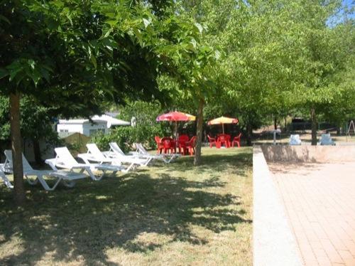 Camping gorges du verdon avec piscine location verdon for Camping avec piscine dans les gorges du verdon