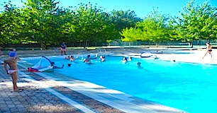 Camping gorges du verdon avec piscine haut var la verdi re for Camping verdon piscine